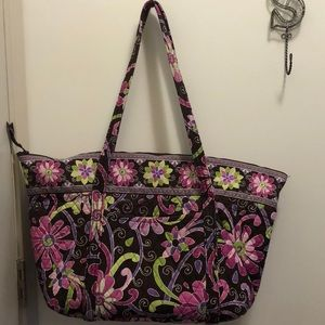 Great condition Vera Bradley weekend tote